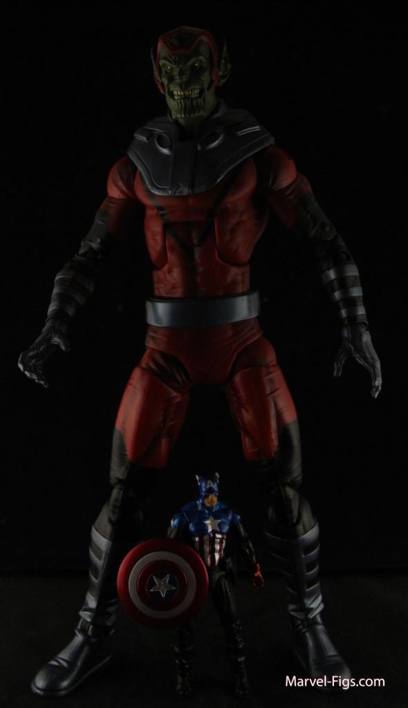 MU Giant Skrull and Bucky